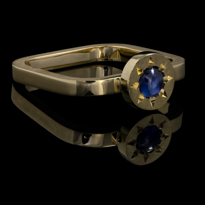 gold sapphire square ring